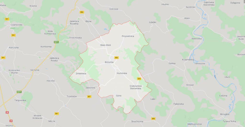 Mapa fizyczna z zaznaczonymi konturami gminy Brzozów